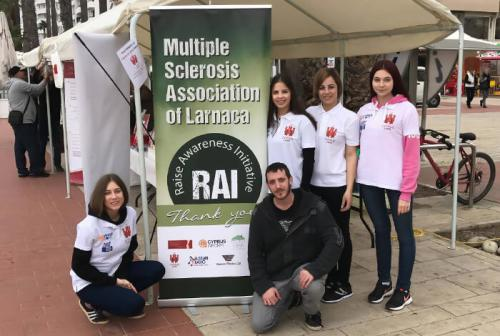 joins-a-christmas-charity-bazaar-for-the-multiple-sclerosis-1