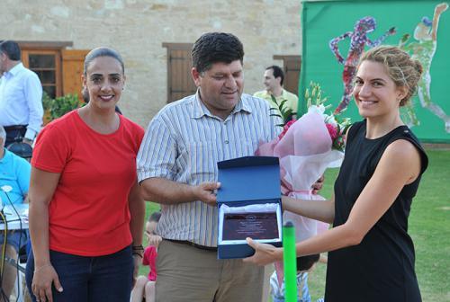 andrey-julia-dashins-foundation-awarded-3