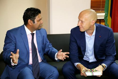 alpari-launches-new-global-headquarters-in-mauritius-2