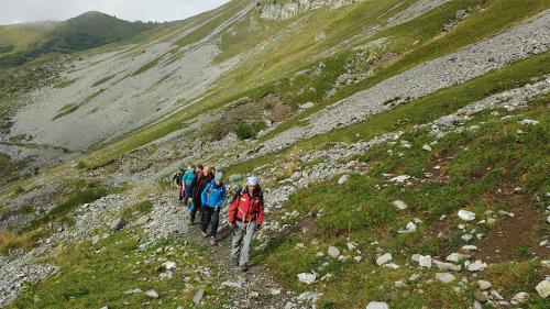 fxtm-organises-corporate-mountain-trip-along-the-swiss-alps-10