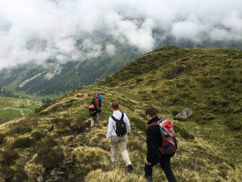 fxtm-organises-corporate-mountain-trip-along-the-swiss-alps-11